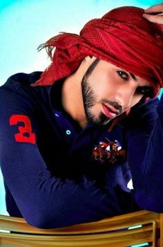 Meet Omar Borkan Al Gala He Got Deported From Saudi Arabia For Being Too Handsome Beautiful Men Faces, Gorgeous Men, Beautiful People, Dead Gorgeous, Arab Men Fashion, Handsome Arab Men, Muslim Men, Stylish Boys, Swag Boys