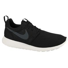 Esta es Nike Roshe run zapatos. Sus materiales son phylon. Sus colores son el blanco y negro. Me gusta que su simple y se adapta todo. Es muy ligero en 9.3 oz. Su precio es de setenta y cinco dólares