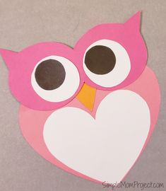 Simple Handmade Valentine's Day Owl Card with FREE Printable Templates – Simple Mom Project - diy kids crafts Easy Toddler Crafts, Valentine's Day Crafts For Kids, Art Projects For Adults, Valentine Crafts For Kids, Diy Art Projects, Valentine Day Crafts, Diy For Kids, Big Kids, Easy Crafts