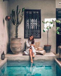 The 40 Best Places To Take Pictures In Marrakech - Sidewalker Daily - Hannah at La Maison in Marrakech, Morocco - Small Backyard Pools, Small Pools, Swimming Pools Backyard, Pool Landscaping, Marrakech Travel, Marrakech Morocco, Morocco Travel, Kleiner Pool Design, Small Pool Design