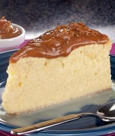 Cuatro leches Sweet Recipes, Cake Recipes, Dessert Recipes, Mexican Desserts, Sweets Cake, Cupcake Cakes, Cupcakes, Tres Leches Cake, Cakes And More