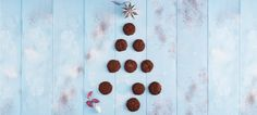 Double-Chocolate Mint Cookies - Lindt The Season Menta Chocolate, Chocolate Mint Cookies, Lindt Chocolate, Melting Chocolate, Mint Extract, Cute Cookies, Wind Chimes, Chocolates, Yummy Recipes