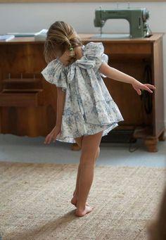 No sin Valentina. Gracioso vestido