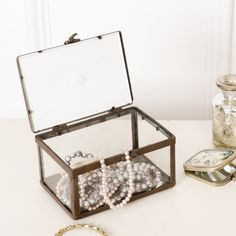 A chic jewellery box with an industrial edge, this store is a lovely addition to a boudoir or dressing table.  Complete with a photo frame lid, you are able to personalise this store with an image close to your heart.  Generously sized, this unique jewellery box can store a great amount of your favourite jewellery.