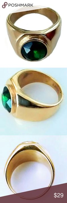 GENTLEMEN'S RING Men's gold tone stainless steel ring with emerald color stone.  Size 11.   ASK ALL QUESTIONS B4 YOU BUY!! Accessories Jewelry