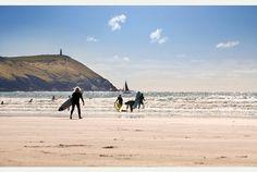 Devon and Cornwall home to UK's best beaches - and that's official! North Cornwall, Devon And Cornwall, Dream Vacation Spots, Dream Vacations, Cornish Beaches, Legend Of King, One Day Tour, Clean Beach, North Devon