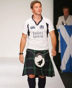 Chris Cusiter, Scottish rugby star looking proud in his kilt!