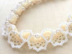 Beadwoven necklace in a specially delicate & complex Oglala lace stitch pattern