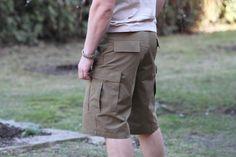 Pánske kraťasy BDU sú vhodné na voľné nosenie a rôzne outdoorové aktivity. http://www.armyoriginal.sk/3156/110504/us-kratasy-bdu-coyote-helikon.html