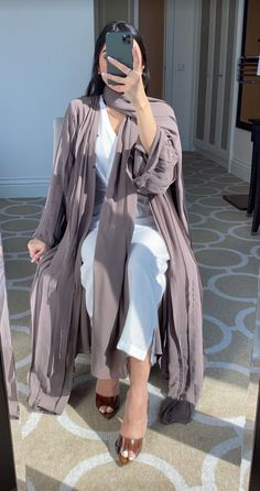 Modesty Fashion, Abaya Fashion, Muslim Fashion, Couture Fashion, Girl Fashion, Fashion Outfits, Modest Outfits, Classy Outfits, Pakistani Dresses Casual