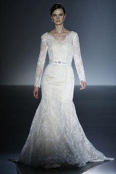 Vestido de novia de la colección CABOTINE de Gema Nicolás   #Wedding #Encuentrosdenovias #Novias #Bodas #WeddingPlanner #EdNEventos #Bridal #Bridalweek #BarcelonaBridalWeek