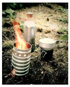 Smart Bushcraft provides knowledge and practical skills for a comfortable stay outdoors as well as survival techniques to be called upon in any environment or situation.