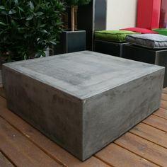 Table béton cube
