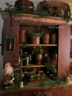primitive homes picturetrail Christmas Room, Prim Christmas, Country Christmas, Simple Christmas, Winter Christmas, Vintage Christmas, Xmas, Christmas Ideas, Christmas Interiors