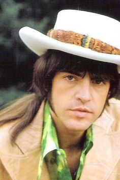 Talking with legendary Mark Lindsay, the former lead singer and co-founder of Paul Revere & the Raiders – Blues.Gr