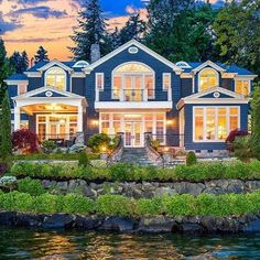 Just hit the market for $5.6 million on Mercer Island, WA. MLS: 784280