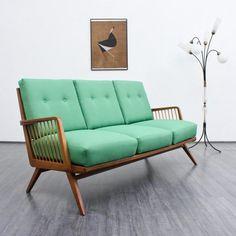 TREND - MINT sofas 50er Sofa, neu bezogen in smaragdgrün (Nr. 3702) Karlsruhe Velvet-Point