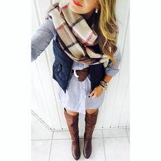 riding boots, scarf, & vest.. I want it un my closet right now ❤️