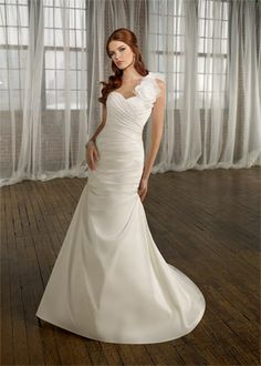One shoulder wedding gown