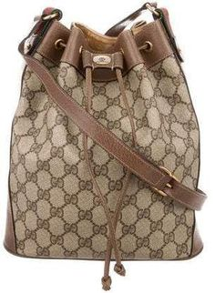 gucci handbags for women original clearance Gucci Handbags Vintage, Classic Handbags, Vintage Chanel, Designer Handbags On Sale, Shopping Chanel, Red Handbag, Cloth Bags, Handbags Michael Kors, Fashion Designers