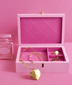 Jewelry box made of paper by Matthew Sporzynski for Real Simple