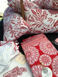 "Red and White Large Floral 11""x26"" Zippered Pillow Sham with Pillow Insert Included with Purchase/Red & White/Red Kitchen/Red Pillow by TheLittleCottageWren on Etsy https://www.etsy.com/listing/470783654/red-and-white-large-floral-11x26"
