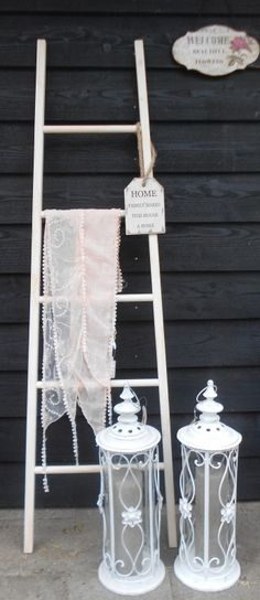 Ladder wit-brocante look 165 cm | Krukjes, bankjes, trapjes | Saartje en Betteco: voor sfeer enzo!