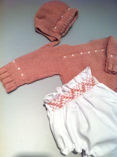 Conjunto de jersey bee y culotte bee. Hecho a mano 100% artesanal