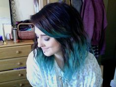 new Ideas hair dark balayage roots Dark Blue Hair, Hair Color Dark, Cool Hair Color, Hairstyles With Bangs, Trendy Hairstyles, Long Haircuts, Dark Balayage, Grunge, Indie