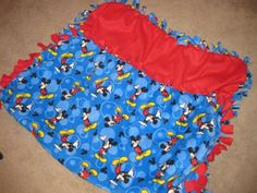 Instructions on How To Make A Fleece Tied Blanket – Perfect for Gift Giving! {Tutorial} | MomSpotted