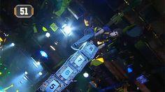 El juego de la torre se convirtió en uno de los más difíciles para todos los participantes que se acercan en A todo o nada. Sin embargo, este concursante logró escalar la torre y conseguir un importante premio. Spaceship, Sci Fi, Door Prizes, Towers, Game, Spaceship Craft, Spacecraft, Space Ship, Craft Space