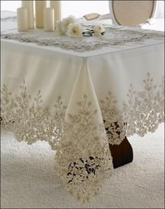 Home Sweet Home Table Cloth Models, especially kitchen table covers, . Antique Lace, Vintage Lace, Shabby Chic, Rico Design, Boho Home, Lace Table, Crochet Tablecloth, Linen Tablecloth, Linens And Lace
