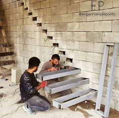 """An idea to create """"floating"""" stairs Staircase Design Modern, Home Stairs Design, Modern Stairs, Interior Stairs, Home Interior Design, House Design, Building Stairs, Steel Stairs, Concrete Stairs"""