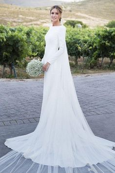 2018 New Country Wedding Dresses Long Sleeves Bateau Sheath Backless Court Train Dress For Bridal Gowns Vestidos De Noiva Cheap Customized