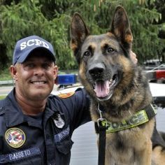 PLEASE PIN THIS AND VOTE FOR MY DAD AND HIS POLICE DOG !!!!! - copslang.com