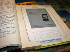 Homemade Kindle case for less than $5. I want to make thisssss.
