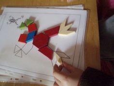 """les attrimaths: - modèles à recouvrir - des modèles figuratifs - les symétries en miroir ou """"centrée"""" - les rotations ... http://iam-like-iam.blogspot.fr/search/label/Attrimaths"""