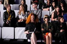 grace coddington and anna wintour Anna Wintour, Grace Coddington, Vogue Magazine Covers, Fashion Show, Fashion Design, Cool, Front Row, Style Icons, Style Inspiration