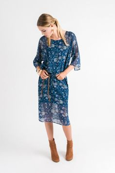 Get in touch with your inner gypsy in this gorgeous teal number! An easy, breezy lightweight fabric in a beautiful print, get your girls together and pop open s Batwing Dress, Girls Together, Formal Looks, Bat Wings, Your Girl, White Sneakers, Cold Shoulder Dress, Teal, Feminine