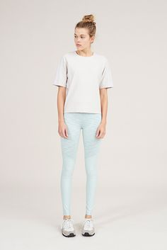 Mint & Seafoam - two-tone warmup leggings - Outdoor Voices