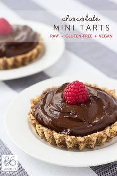 Chocolate Mini Tarts (raw, gf, vegan) no one needs to know it contains avocado.