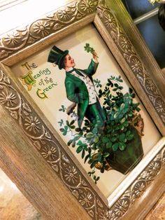 Be Book Bound: Ode to Irish Authors: A St. Diy St Patricks Day Decor, Irish Eyes Are Smiling, St Patrick's Day Decorations, Victorian Farmhouse, St Pats, Irish Blessing, Luck Of The Irish, Vignettes, Vintage Photos