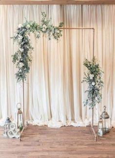 Diy Wedding Backdrop, Backdrop Ideas, Diy Wedding Arbor, Diy Wedding Photo Booth, Simple Wedding Arch, Wedding Arch Greenery, Metal Wedding Arch, Diy Photo Booth Backdrop, Decor Wedding