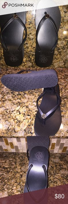 Tory burch sandals Excellent condition never worn Tory burch sandals Tory Burch Shoes Sandals