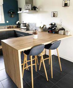 25 suprising small kitchen design ideas and decor 1 Kitchen Decor, Beautiful Kitchen Designs, Small Kitchen, Beautiful Kitchens, Home Kitchens, Kitchen Design Small, Kitchen Remodel, Home Deco, Home Decor