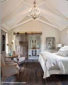 Most Beautiful Rustic Bedroom Design Ideas. You couldn't decide which one to choose between rustic bedroom designs? Are you looking for a stylish rustic bedroom design. We have put together the best rustic bedroom designs for you. Find your dream bedroom. Beautiful Bedrooms Master, House, Home, Home Bedroom, Farmhouse Style Master Bedroom, Bedroom Inspirations, Modern Bedroom, Farmhouse Master, Master Bedrooms Decor