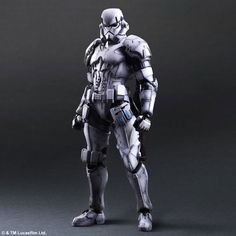 Square Enix has designed a new line of Star Wars figures. Darth Vader, Boba Fett, and the generic Imperial stormtrooper have all been given a makeover Armadura Ninja, Stormtroopers, Rpg Star Wars, Jouet Star Wars, Figuras Star Wars, Imperial Stormtrooper, Darth Vader, Armor Concept, Star Wars Boba Fett