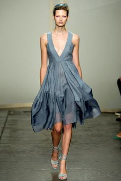 Donna Karan Spring 2013...love the shape, love the color and love the movement it makes when you walk....want, want and want even more!