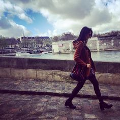 "Saturday #parisian walk with our bag ""Lali Uva"""