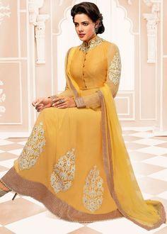 Another beautiful dress of #SalwarKameez ❤
